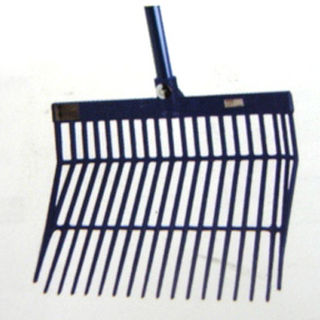 Revolutionary Stable Rake with Handle